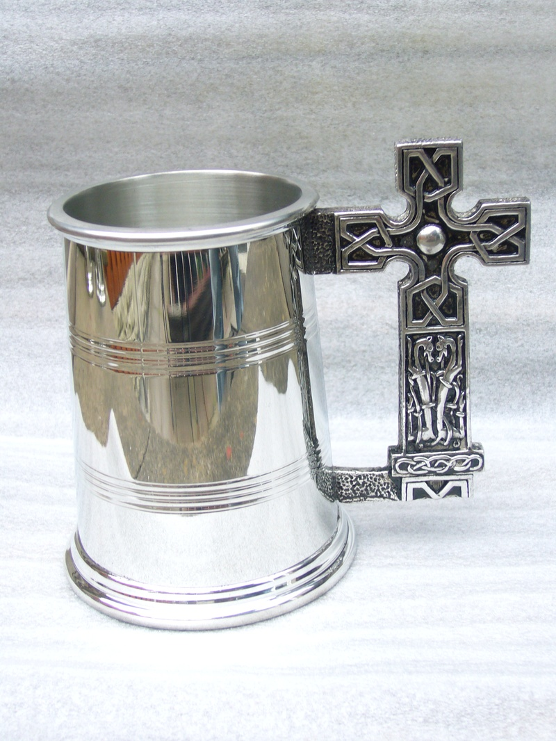 finished pewter spun tankard and cast handle